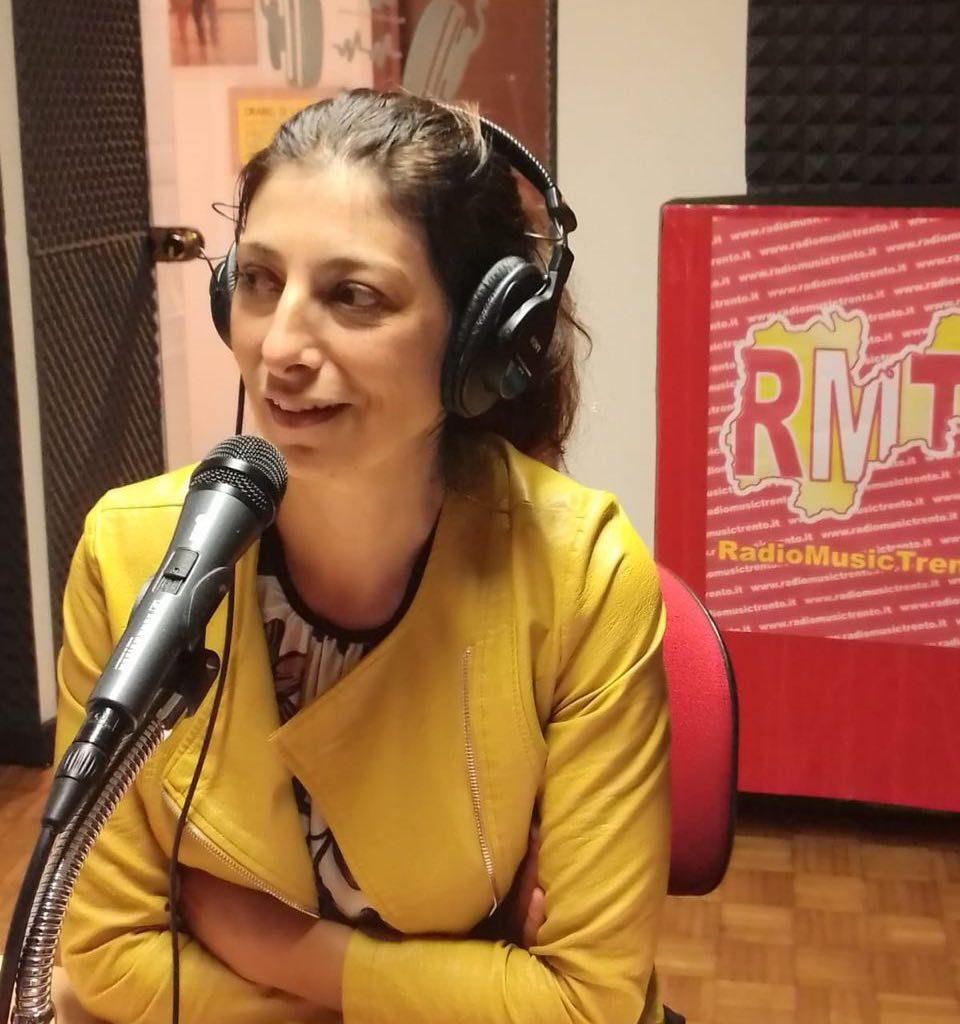 Maurizia Scaletti ai microfoni di Radio Music Trento