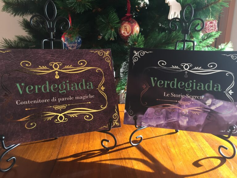 Verdegiada 1 e 2 come regalo sotto l'albero di Natale